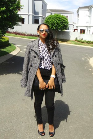 black and white coat - jeans - sunglasses - heels - blouse