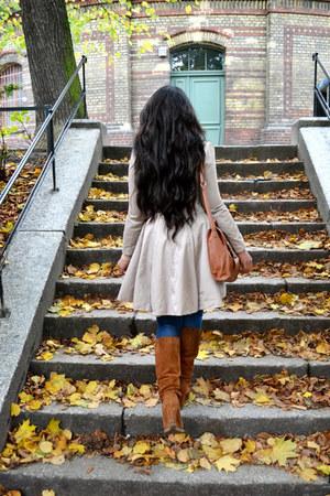 tawny Hallhuber boots - beige John Lewis coat - navy H&M jeans