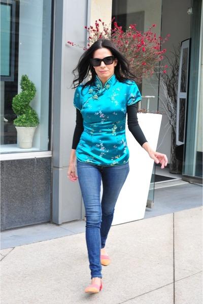 rag & bone jeans - Under Armor Black top - Jenni Kayne flats