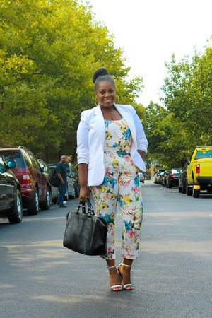 white thrifted vintage blazer - black Zara bag - periwinkle Zara sandals