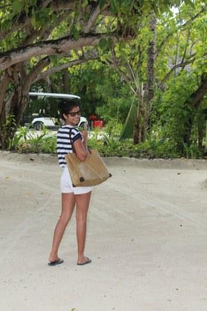 white denim shorts new look shorts - camel Resorts bag