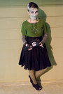 Chartreuse-delias-sweater-olive-green-target-tights-black-diy-bag