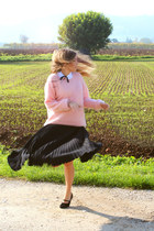 black pleated vintage skirt - bubble gum angora H&M sweater