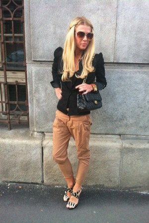black Carribien Queen jacket - black Chanel bag - camel Mango sunglasses - black