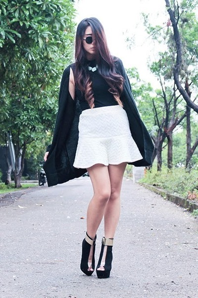sammydress boots - Forever 21 top - PERSUNMALL skirt - sammydress cardigan