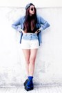 Stradivarius-hat-denim-shirt-zipper-and-lace-shirt-chicnova-shorts