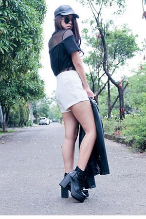 sammydress boots - Stradivarius hat - Forever 21 jacket - Abocs shorts