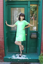 lime green thrifted vintage dress - black mary janes Payless heels