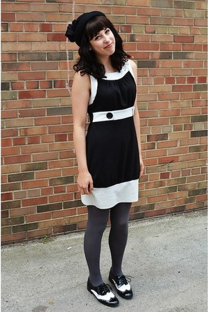 black Forever 21 shoes - color block XOXO dress - black bowler Forever 21 hat