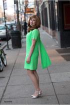 chartreuse vintage dress - silver Aldo sandals