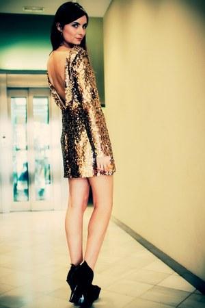 gold sequin Disco Pony dress