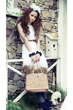 white white dress white dress - cream bag - navy Navy heels - brown brown belt