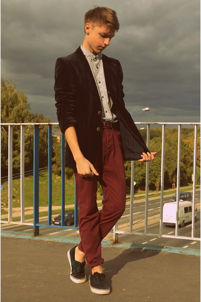 H&M shoes - vintage jacket - H&M shirt - Bershka belt - H&M pants