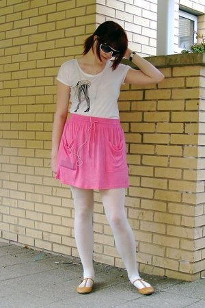 H&M sunglasses - H&M t-shirt - Topshop skirt - Topshop shoes
