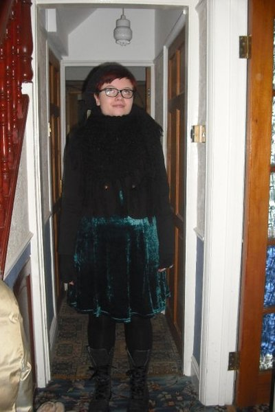 gray Topshop hat - black vintage scarf - black Primark jacket - green Vintage BH