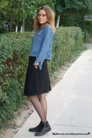 jacket - skirt - tights - shoes