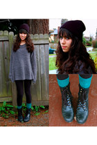 black JC Penny leggings - black Urban Outfitters hat