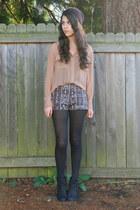 camel Nordstrom shirt - black Nordstrom boots - black Urban Outfitters hat