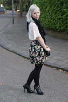 white lace vintage top - gray Givenchy boots - black Steps scarf