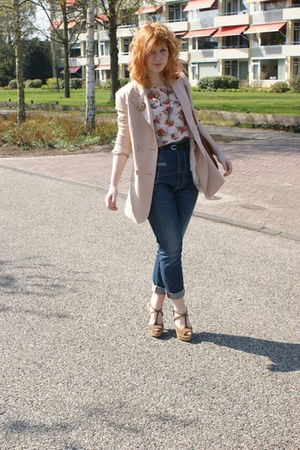 pink Vila blazer - beige Topshop top - beige Dahlia vest - blue Miss Sixty jeans