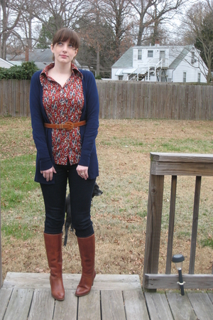 blue Forever 21 jeans - brown  boots - red  blouse - blue Forever21 cardigan - b