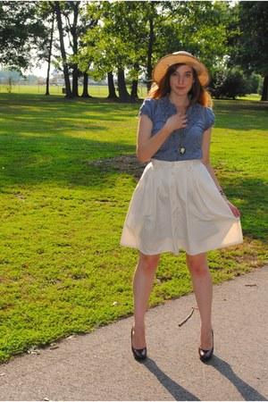cream full vintage skirt - brick red platforms Michael Kors shoes