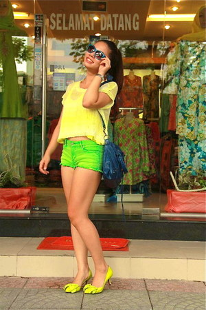 yellow Forever 21 sweater - blue balenciaga bag - chartreuse Forever 21 shorts