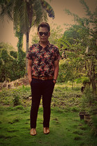 floral print Folded & Hung shirt - Milanos shoes - Eye channel sunglasses