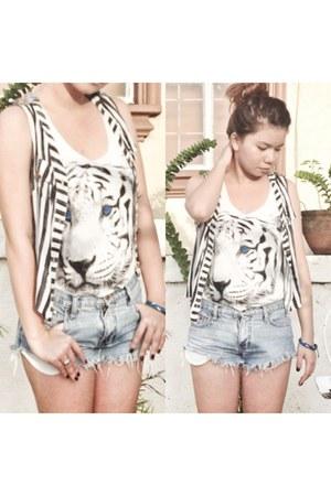 bangkok shirt - Forever 21 shorts