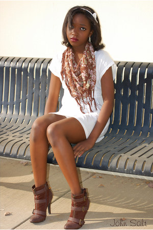 white rue21 accessories - brown LEI scarf - ivory LEI dress - dark brown Charlot