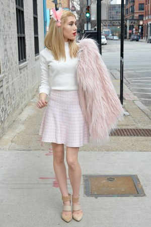 bubble gum printed Emma skirt - bubble gum faux fur Urban Outfitters coat