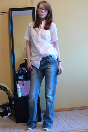 Forever 21 top - Vigoss Jeans jeans - Forever 21 shoes