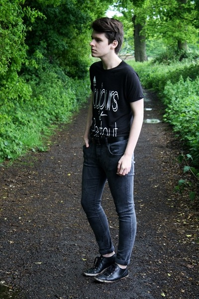black Simon&me t-shirt - dark gray denim H&M jeans - black leather Burton belt