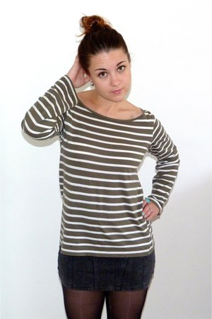dark green striped H&M t-shirt - gray bodycon H&M skirt