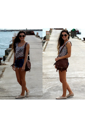 denim vintage shorts - brown Stradivarius bag - Primark sunglasses