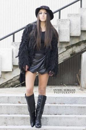 black boots - black hat - black bag - black cardigan - black skirt