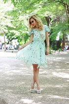 light blue Deilani dress - H&M purse - Ray Ban sunglasses