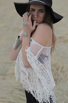 crochet Shilla top - cotton and lace Nasty Gal shorts
