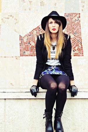 black Zara blazer - blue Zara skirt