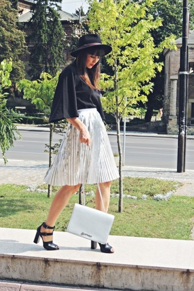 silver Front Row Shop skirt - black c&a hat - light blue kurtmann bag