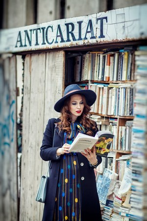 navy romwe dress - black Fontana 20 coat - navy H&M hat
