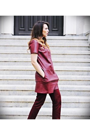 brick red faux leather Stradivarius dress - brick red Zara pants