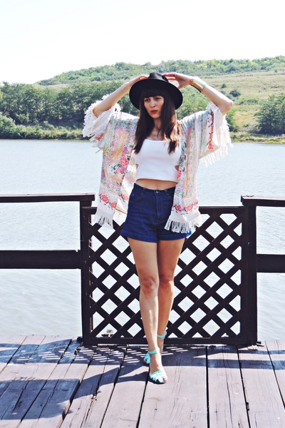 cream kimono Mart of China cardigan - black c&a hat