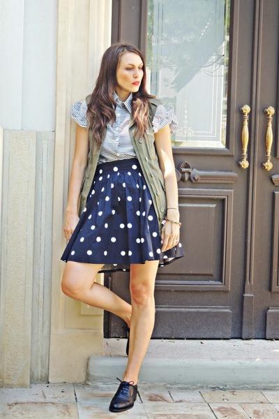 Lovelyshoes shirt - off white polka dots H&M skirt