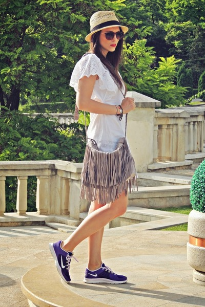 camel H&M hat - off white Stradivarius dress - aquamarine Stradivarius necklace