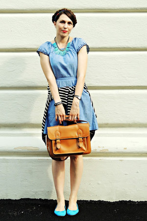 blue H&M dress - brown New Yorker bag - blue H&M flats