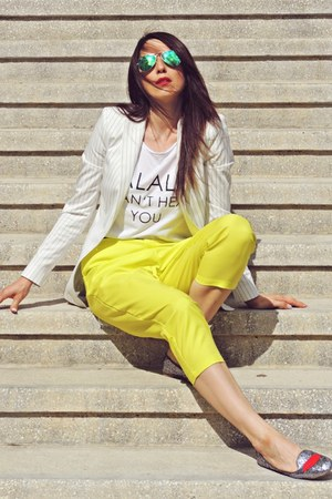 yellow Front Row Shop pants - off white Zara blazer - green ray-ban sunglasses