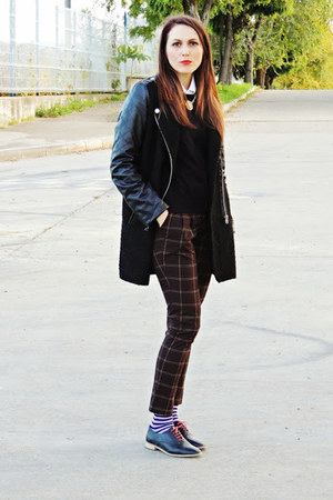 black romwe coat - black Bershka blouse - black Zara flats