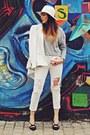 Off-white-stradivarius-jeans-off-white-h-m-hat-off-white-zara-blazer