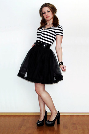 black handmade skirt - oodji dress - black high heels Bata heels